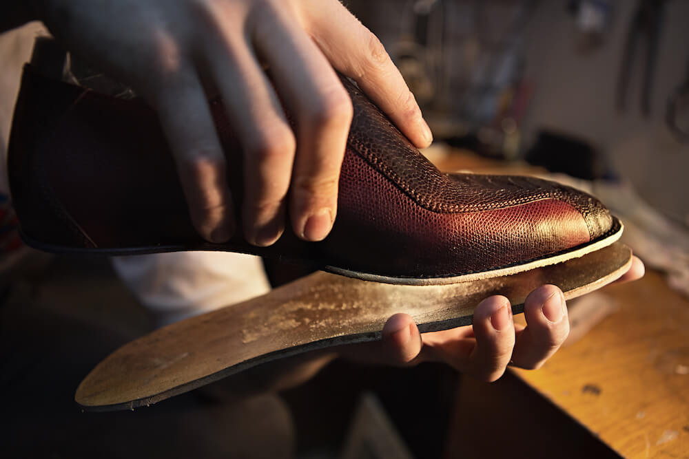 Visit Armando Shoe Repair in Los Angeles Today!