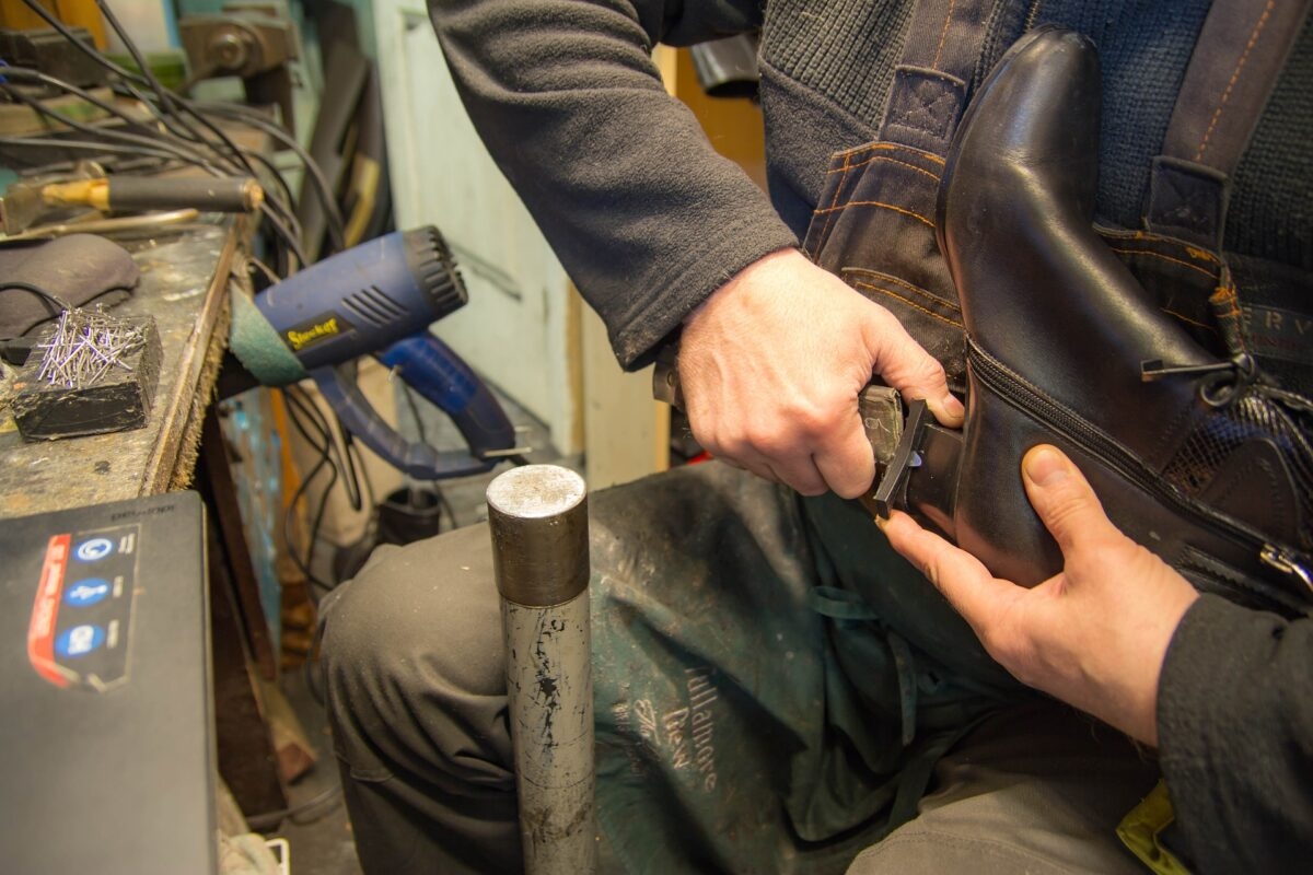 Why You Should Get the Best Shoe Repair Services Los Angeles